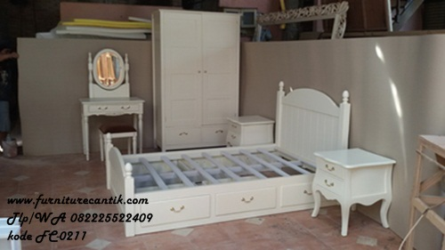furniture kamar set anak