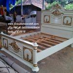 Tempat Tidur andriana baru