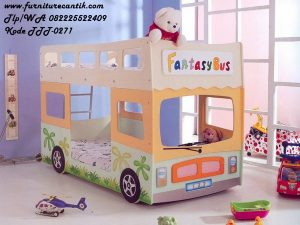 Tempat Tidur Tingkat Model Karakter Bus
