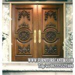 Pintu Utama Masjid Jati