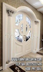 Pintu Utama Rumah Mewah Kupu Tarung