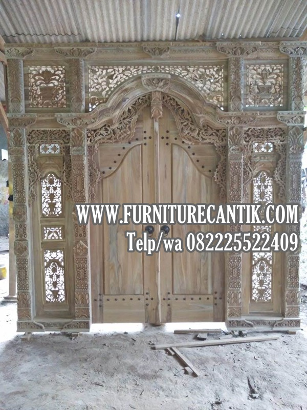 Pintu Utama Rumah Mewah Gebyok Jati