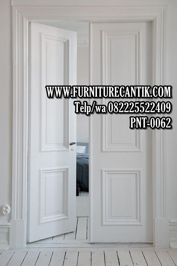 Pintu Utama Rumah Mewah Minimalis Putih