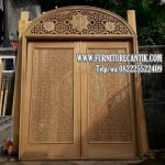 Pintu Masjid Jati Minimalis Tulisan Kaligrafi